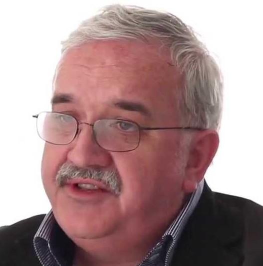 Headshot of Professor Sir Stephen O'Rahilly